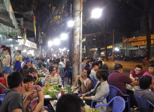 Local Street Food Tour Saigon