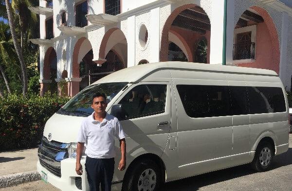 Huatulco Catamaran Bays Tour Shuttle Bus